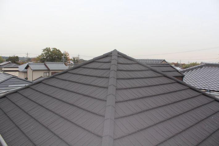 『屋根カバー工法・コロナ デクラ屋根システム』三重県三重郡菰野町 K様アフター画像