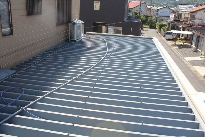 『屋根カバー工法・折半屋根』三重県桑名市多度町 I様ビフォー画像