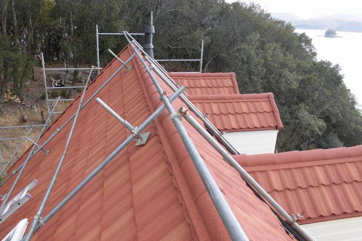 『屋根カバー工法・ミラノ デクラ屋根システム』三重県度会郡南伊勢町 U様アフター画像