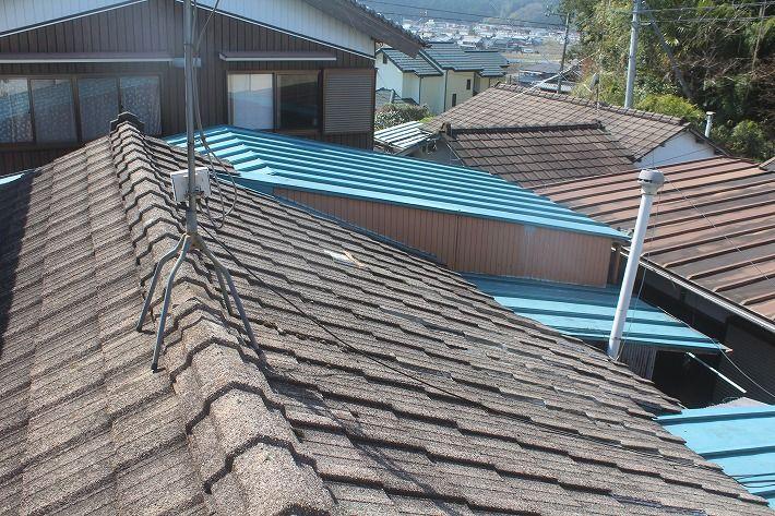 『屋根葺き替え工事・ルーガ雅 KMEW』三重県伊賀市阿保 H様ビフォー画像