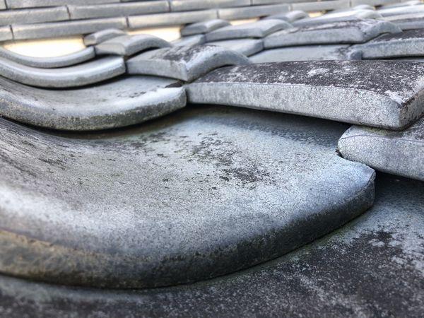 屋根瓦のズレや浮き