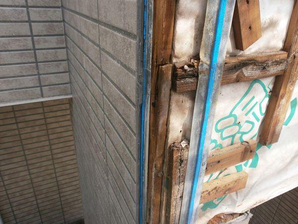 外壁コーキング目地の劣化による雨漏り