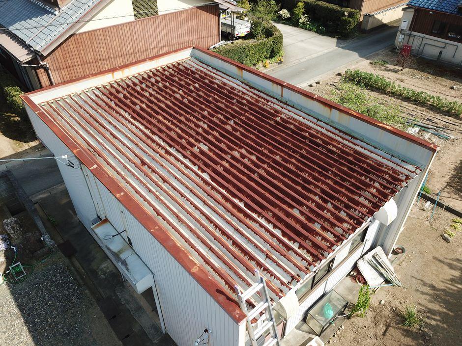 全体的に錆びている折半屋根